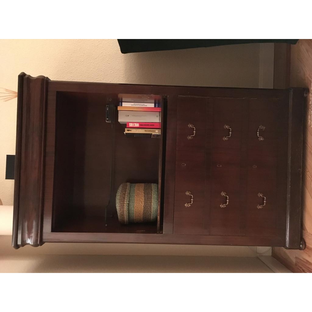 fundaci n valora mueble cajones madera
